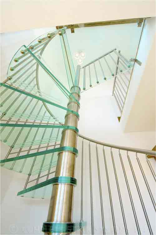 Glass-Tread-Spiral-Stair-Shropshire