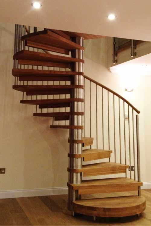 Oak-Spiral-Staircase-Aberdeen