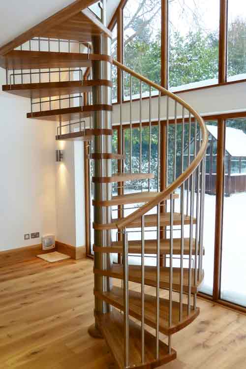 Oak-Spiral-Staircase-Somerset
