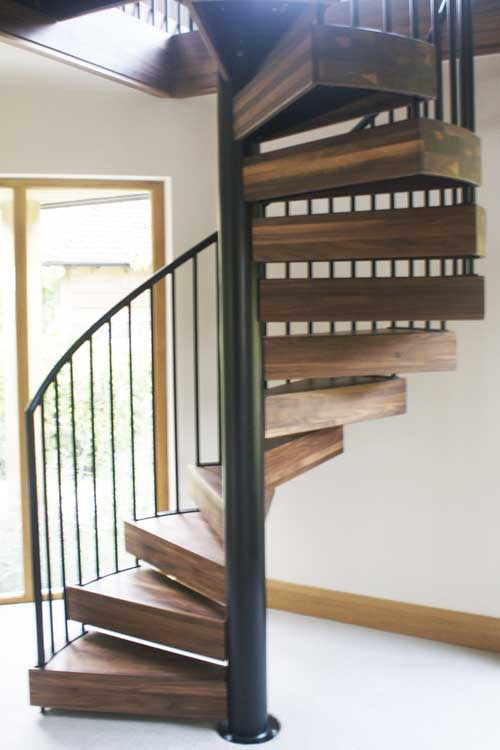 Walnut-Spiral-Staircase-Chichester