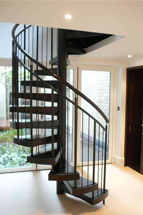 Walnut-Spiral-Staircase-Manchester