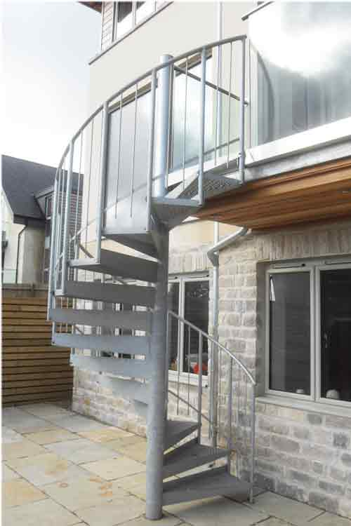 External-Spiral-Stairs-Bath