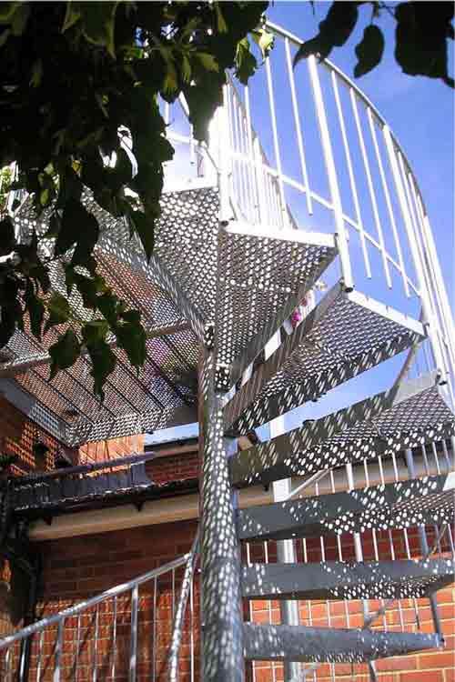 External-Spiral-Stairs-Southampton