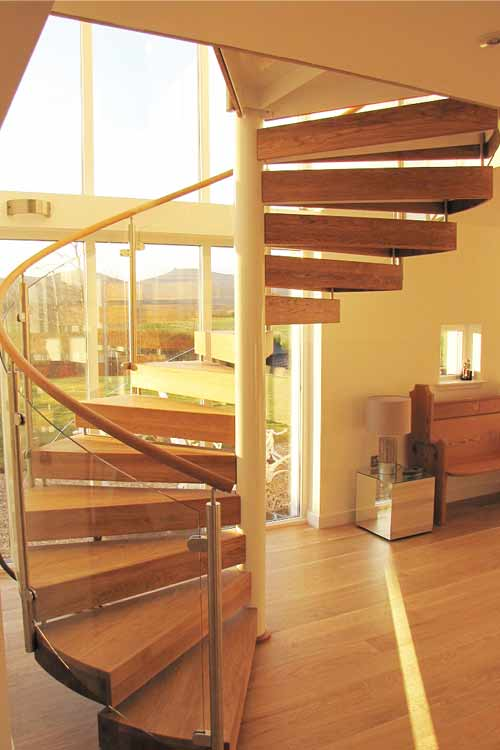 Oak-Spiral-Stair-Banchory