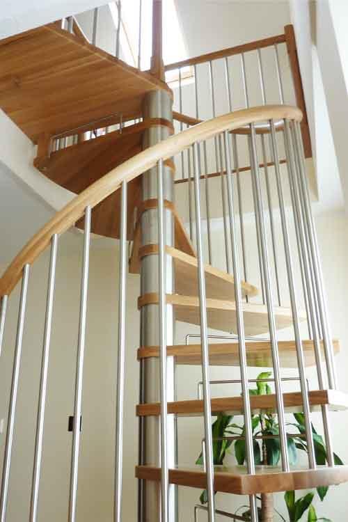 Oak-Spiral-Staircase-Chatham