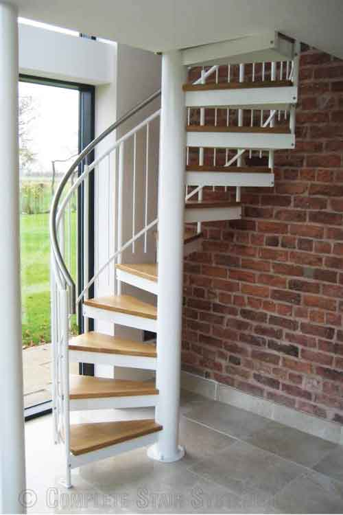 Oak-Spiral-Staircase-Chester