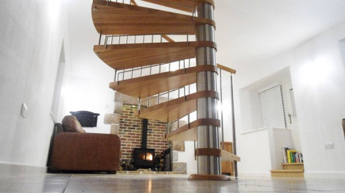 Spiral-Staircase-Jersey