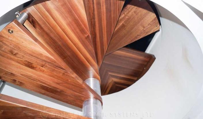 Spiral-Staircase-Whitechapel-1