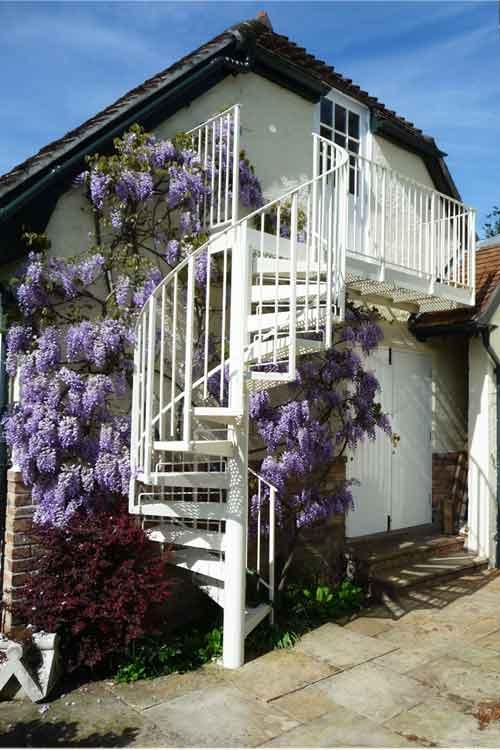 Steel-Spiral-Stair---Wimborne